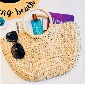 NWT Blossom & Thorn Straw Bag